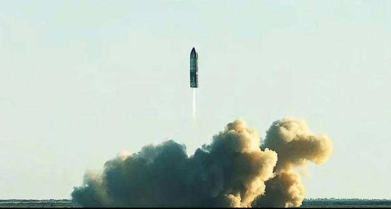 The SpaceX' Starship is being tested with the aim of a successful extra-orbital flight