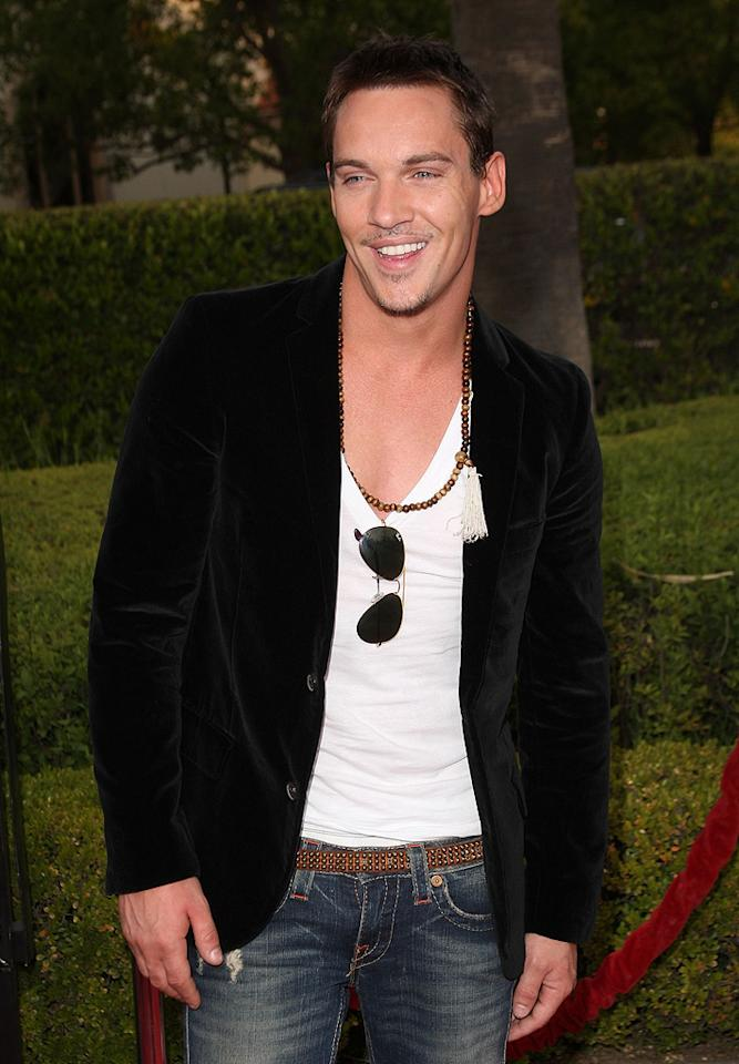 """<a href=""""http://movies.yahoo.com/movie/contributor/1800019579"""">Jonathan Rhys Meyers</a> at the Los Angeles premiere of <a href=""""http://movies.yahoo.com/movie/1809986571/info"""">The Soloist</a> - 04/20/2009"""