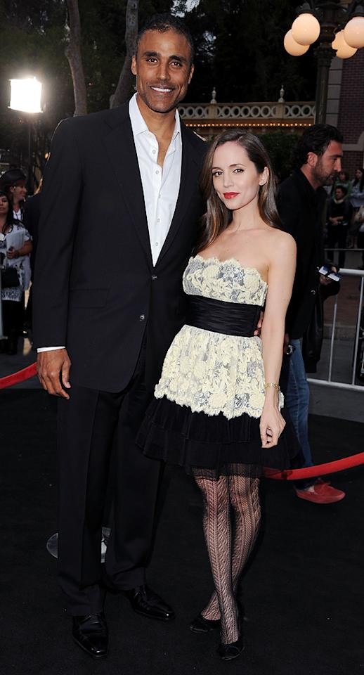 "<a href=""http://movies.yahoo.com/movie/contributor/1800385074"">Rick Fox</a> and <a href=""http://movies.yahoo.com/movie/contributor/1800184994"">Eliza Dushku</a> attend the Disneyland premiere of <a href=""http://movies.yahoo.com/movie/1809791042/info"">Pirates of the Caribbean: On Stranger Tides</a> on May 7, 2011."