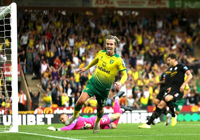 Todd Cantwell puts Norwich 2-0 up against Manchester City (Getty)