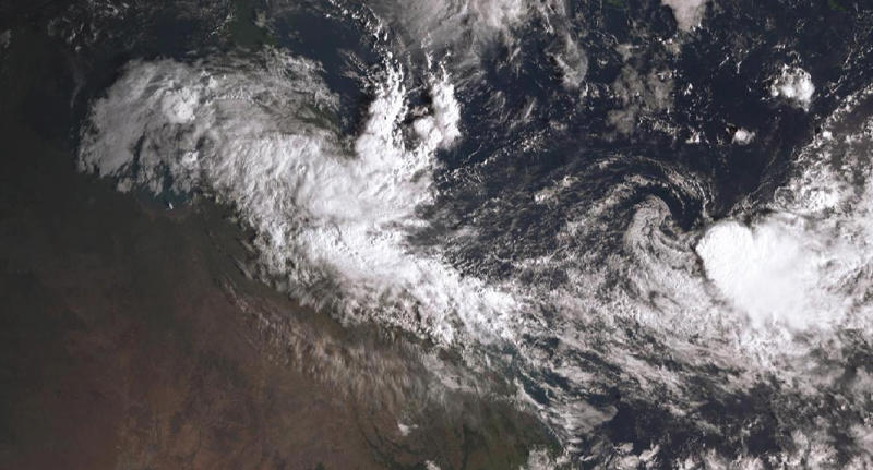 Remote Qld warned as cyclone intensifies