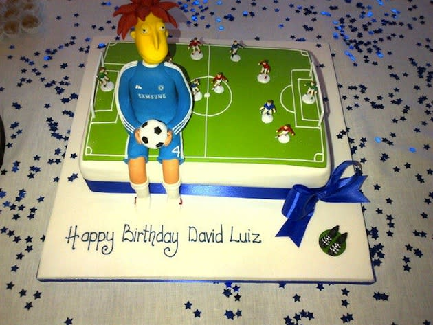 Sunday Marked Chelsea Defender David Luizs 25th Birthday And To Mark The Occasion His Teammates Gave Him A Special Cake Featuring Large Sideshow Bob