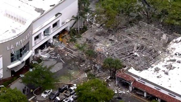 Explosion at Florida shopping plaza