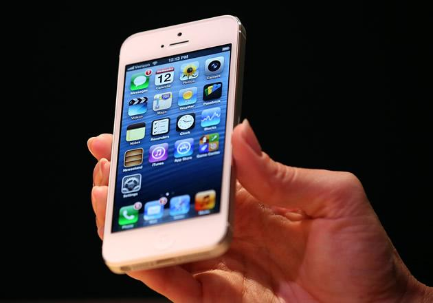 SingTel, M1 and Starhub has revealed their price plans for the new iPhone 5. (Getty Images)