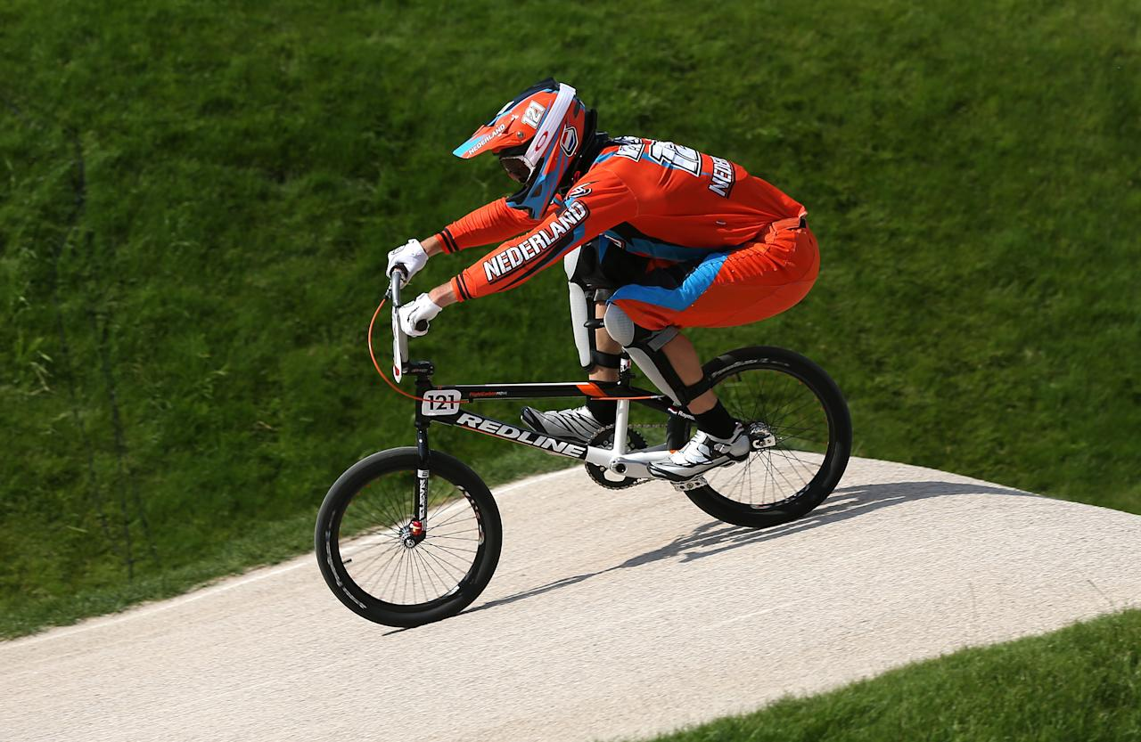 LONDON, ENGLAND - AUGUST 09: Raymon van der Biezen of the Netherlands in action during the Men's BMX Cycling Quarter Finals on Day 13 of the London 2012 Olympic Games at BMX Track on August 9, 2012 in London, England.  (Photo by Bryn Lennon/Getty Images)