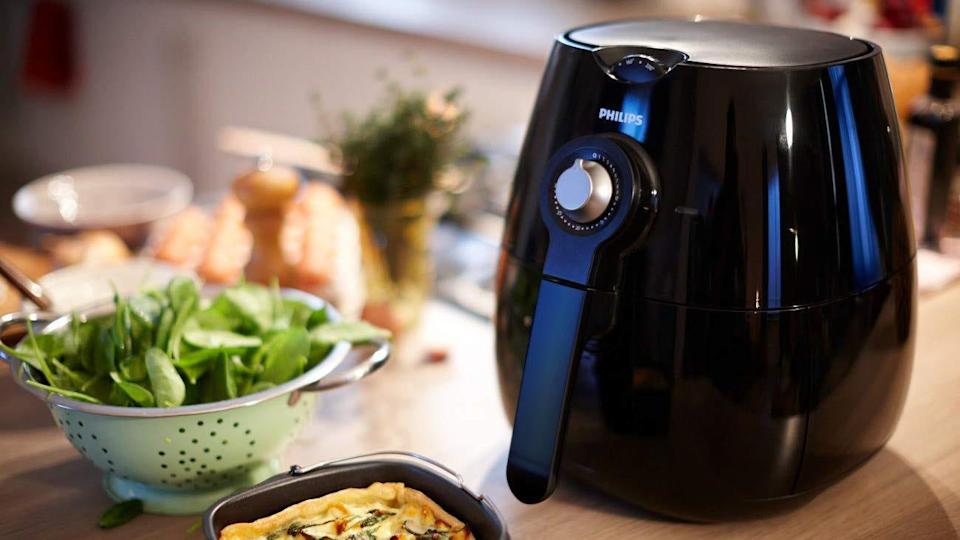 The best gifts for men: Philips Airfryer.
