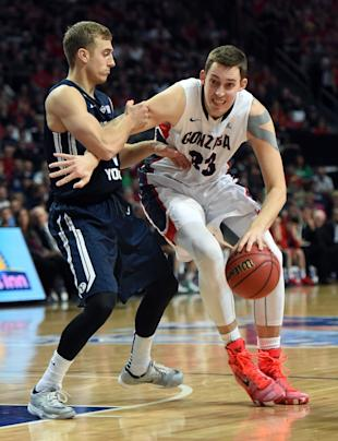 BYU's Chase Fischer defends Kyle Wiltjer (Photo by Ethan Miller/Getty Images)