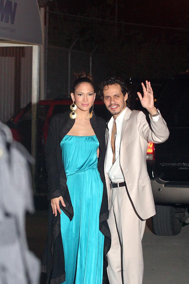 "<div class=""caption-credit""> Photo by: Getty Images</div><div class=""caption-title""></div>Jennifer Lopez opted for the comfy look at LMM International Airport in Puerto Rico in October 2006 with an airy turquoise maxi dress. Plenty of leg room, indeed!"