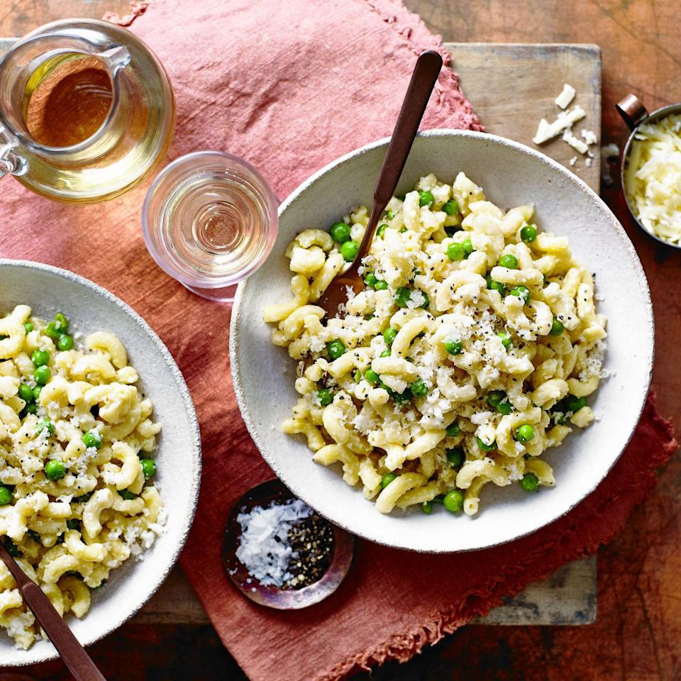 "<p>We've made this classic comfort-food <a href=""https://www.goodhousekeeping.com/uk/food/recipes/g538739/best-pasta-recipes/"" rel=""nofollow noopener"" target=""_blank"" data-ylk=""slk:pasta"" class=""link rapid-noclick-resp"">pasta</a> dish super easy, by bunging everything into a <a href=""https://www.goodhousekeeping.com/uk/food/recipes/g538754/best-slow-cooker/"" rel=""nofollow noopener"" target=""_blank"" data-ylk=""slk:slow cooker"" class=""link rapid-noclick-resp"">slow cooker</a>. If you prefer a looser sauce, then simply add more milk towards the end of cooking.<strong><br></strong></p><p><strong>Recipe: <a href=""https://www.goodhousekeeping.com/uk/food/recipes/a34560385/vegetarian-slow-cooker-macaroni-cheese/"" rel=""nofollow noopener"" target=""_blank"" data-ylk=""slk:Slow Cooker Cheat's Macaroni Cheese"" class=""link rapid-noclick-resp"">Slow Cooker Cheat's Macaroni Cheese</a></strong></p>"