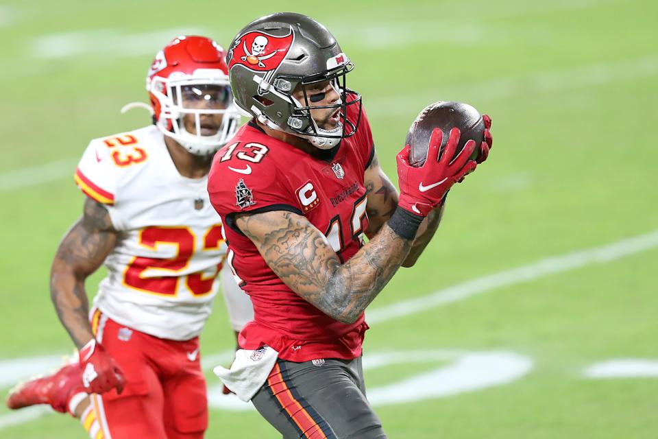 Mike Evans' two fourth-quarter touchdowns were a big deal in the gambling world. (Photo by Cliff Welch/Icon Sportswire via Getty Images)