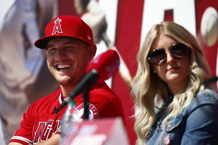"Angels star Mike Trout and his wife, Jessica. <span class=""copyright"">(Kent Nishimura / Los Angeles Times)</span>"