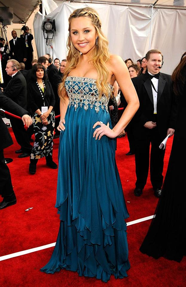 "Amanda Bynes looks like a renaissance princess in her teal gown by Marchesa. Kevin Mazur/<a href=""http://www.wireimage.com"" target=""new"">WireImage.com</a> - January 27, 2008"