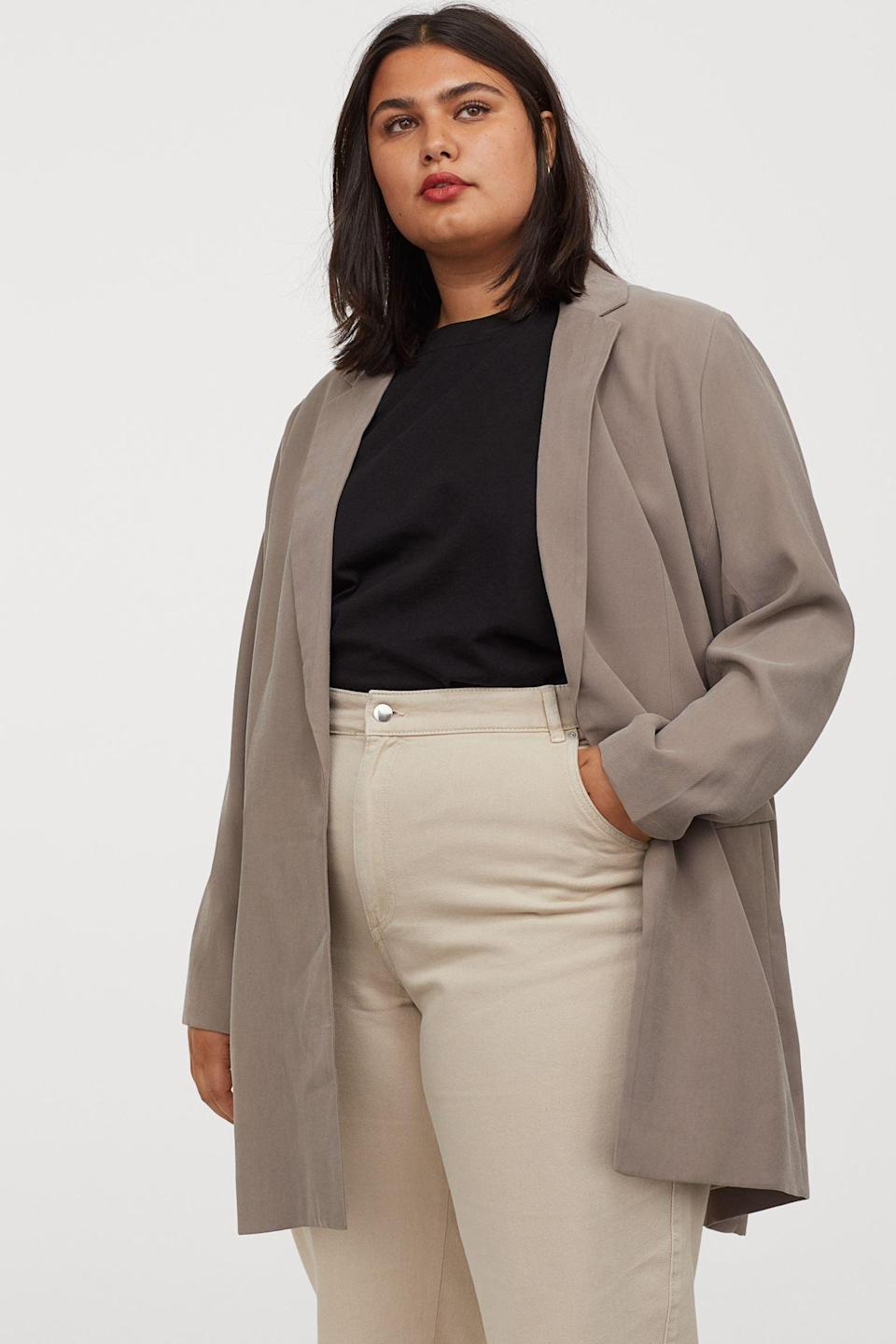 <p>I love the relaxed fit of this <span>Long Jacket</span> ($50).</p>