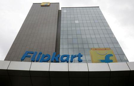 Flipkart offers between $900-950 million to buy Snapdeal