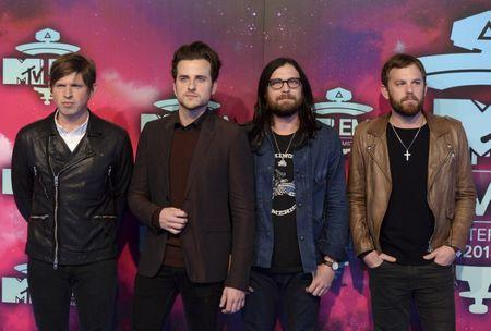 Kings Of Leon Get First Number One Album With Walls
