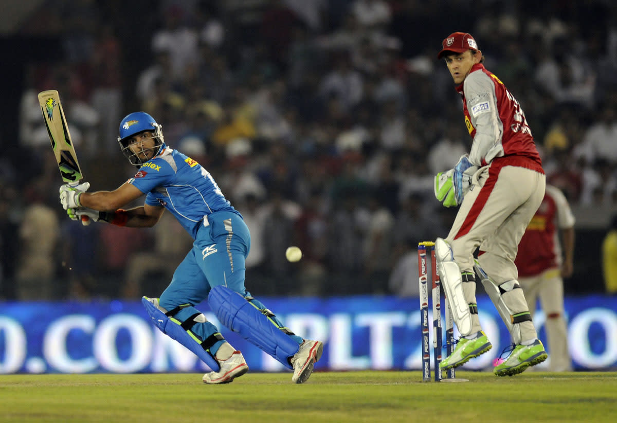 Yuvraj Singh of Pune Warriors bats during match 29 of the Pepsi Indian Premier League between The Kings XI Punjab and the Pune Warriors held at the PCA Stadium, Mohali, India  on the 21st April 2013.(BCCI)