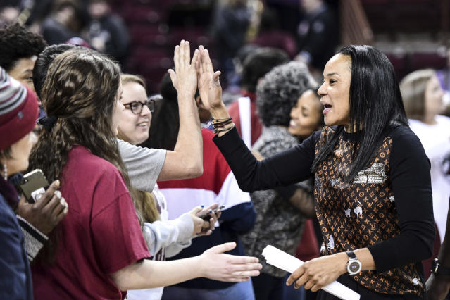 South Carolina coach Dawn Staley has the Gamecocks back in the top spot. (AP Photo/Sean Rayford)