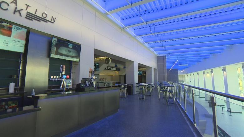 Jets fans get first look at Bell MTS Place renovations