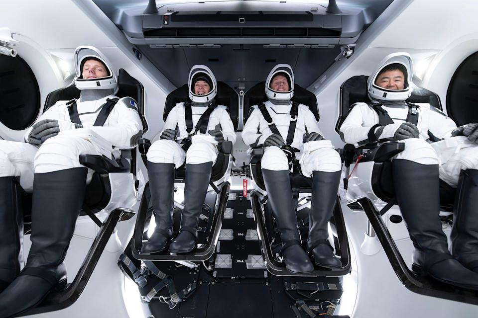 crew 2 astronauts crew dragon spaceship
