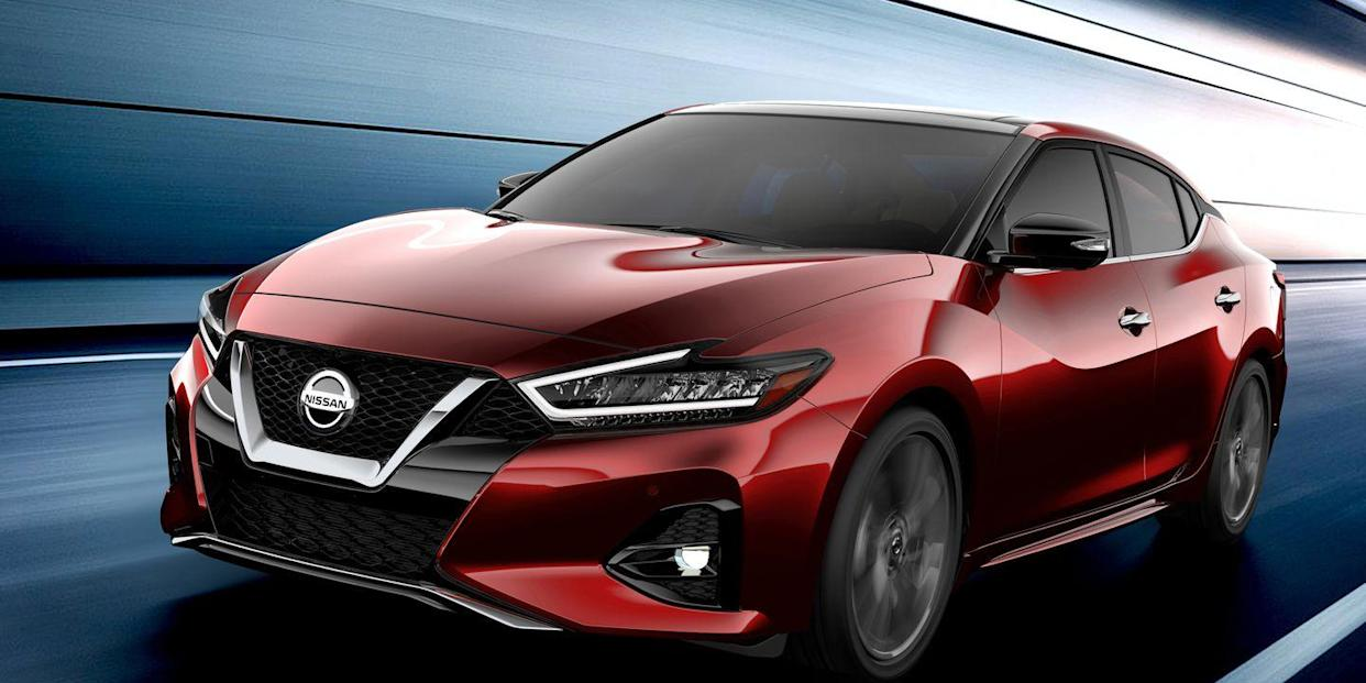 The 2019 Nissan Maxima Shows Off a New Look and Nicer