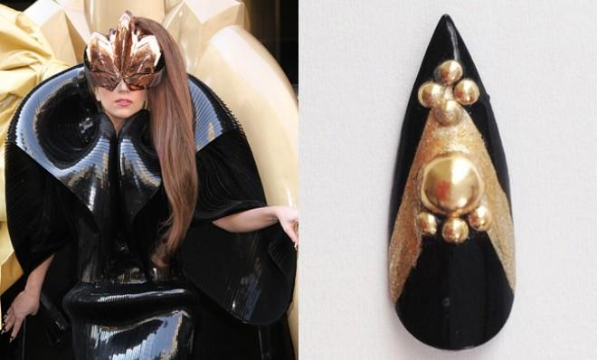Lady Gaga seen at the 'Fame' perfume launch wearing the fake fingernail in question.