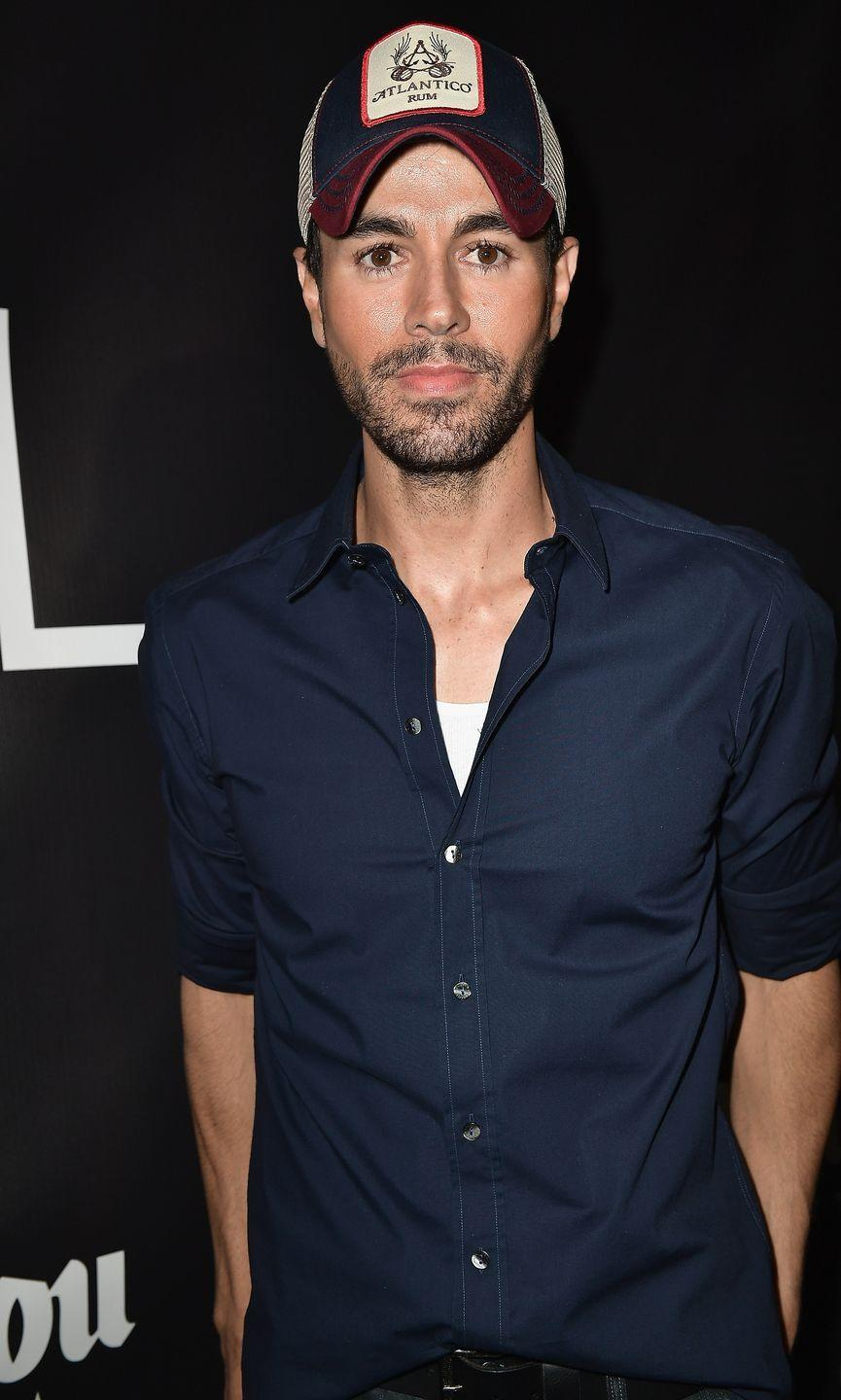<p>No matter where he is, you can bet that Enrique Iglesias will be wearing a baseball hat. No word on whether the singer is hiding a receding hairline yet, but the trend suits him well. </p>
