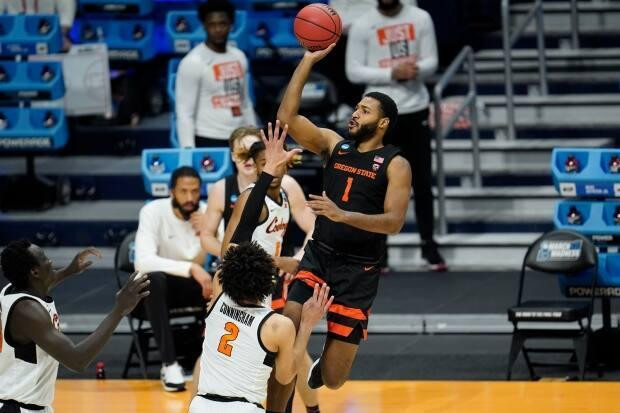 Maurice Calloo grew up in Windsor, Ont. He now plays as a forward for Oregon State and is in the NCAA March Madness Tournament. (Canadian Press - image credit)