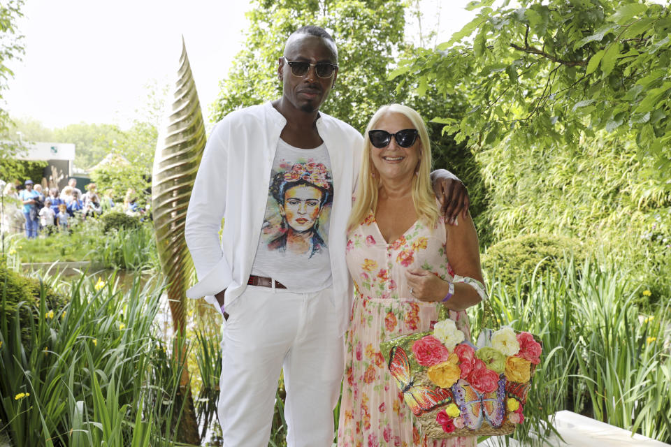 LONDON, ENGLAND - MAY 20: Vanessa Feltz and Ben Ofoedu attend 'The Savills and David Harber Garden' which celebrates the environmental benefit and beauty of trees, plants and gardens in urban spaces at Chelsea Flower Show on May 20, 2019 in London, England. (Photo by David M. Benett/Dave Benett/Getty Images for David Harber & Savills)