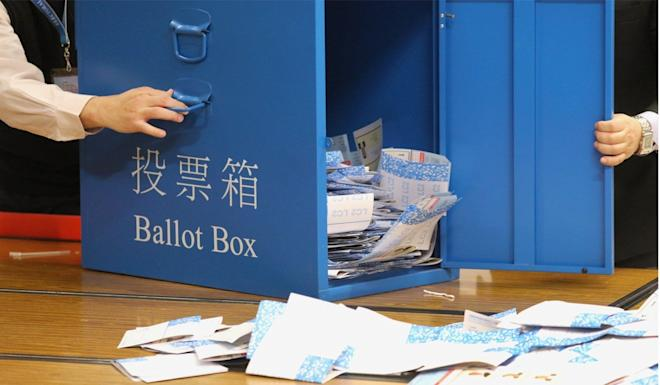 Seats in 452 constituencies are up for grabs in Sunday's district council elections. Photo: Felix Wong