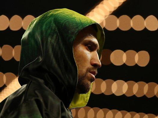 Vasyl Lomachenko vs Anthony Crolla: UK fight time tonight, TV channel, undercard, latest info and odds