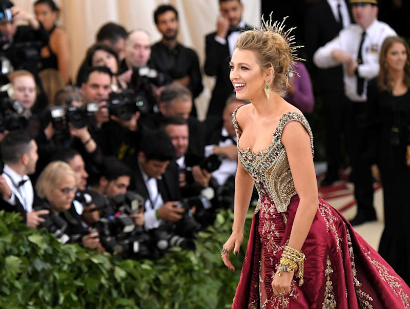 Blake Lively S Met Gala 2018 Dress Took Over 600 Hours To Make