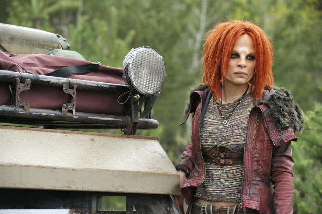 "Stephanie Leonidas as Irisa in the series premiere of ""Defiance."""