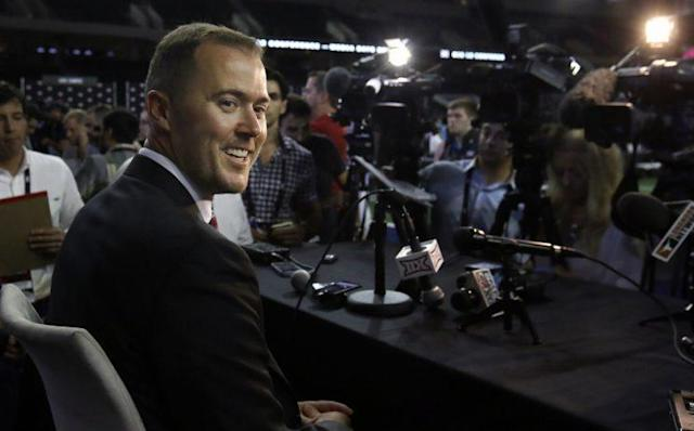 Oklahoma's Lincoln Riley didn't look like a newcomer at Big 12 Media Days. (AP)