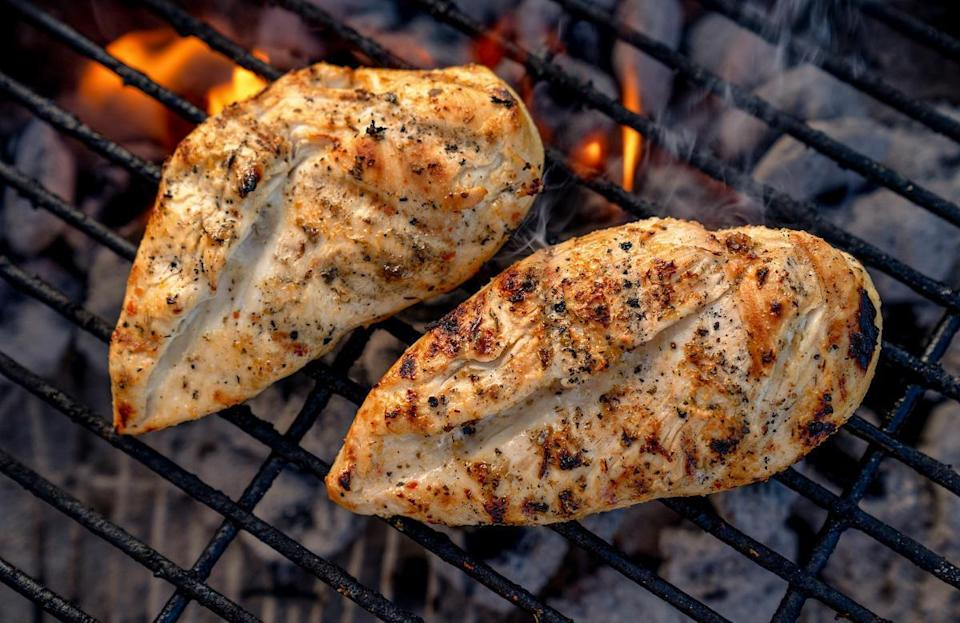 "<p>After marinating chicken breast, residents of Nebraska who are interested in grilling the protein should cook it for about 10 minutes, flipping once. Make sure the internal temperature is at least 165 degrees. If you're looking for ways to spice up your grilled chicken, check out these <a href=""https://www.thedailymeal.com/cook/grilled-chicken-not-boring?referrer=yahoo&category=beauty_food&include_utm=1&utm_medium=referral&utm_source=yahoo&utm_campaign=feed"" rel=""nofollow noopener"" target=""_blank"" data-ylk=""slk:incredible chicken recipes that are anything but boring"" class=""link rapid-noclick-resp"">incredible chicken recipes that are anything but boring</a>.</p>"