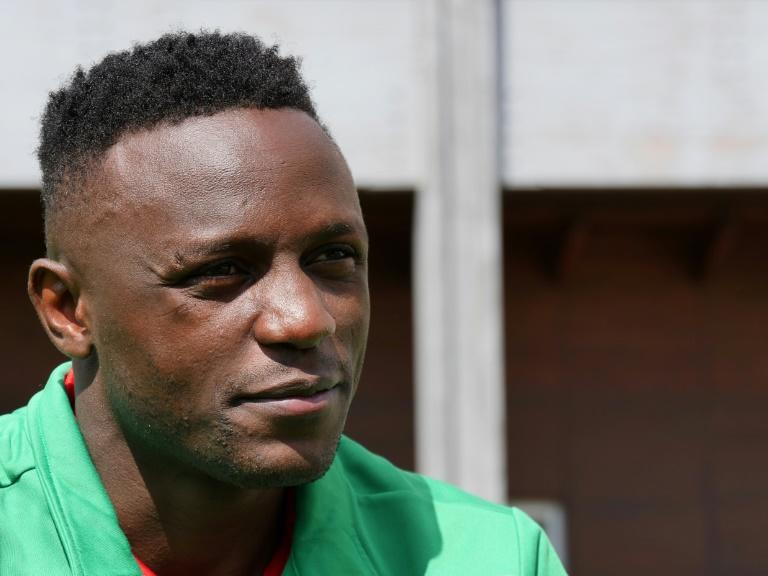 Kenyan midfielder Victor Wanyama has donated sanitizing kits to needy families in his hometown of Nairobi to help combat to coronavirus outbreak