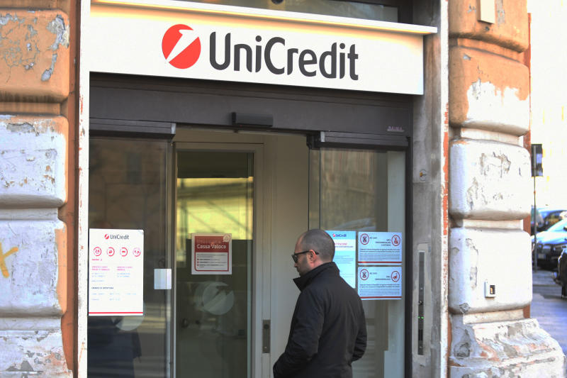 I buy di oggi da A2a a Unicredit