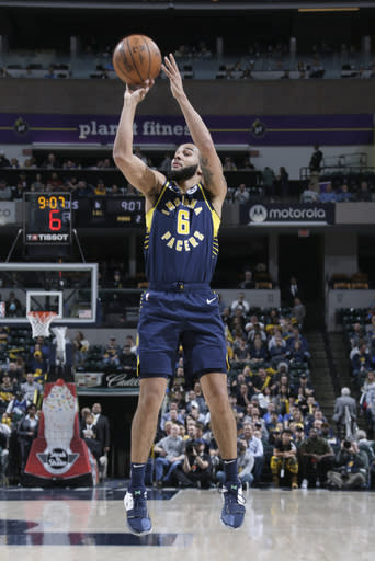 INDIANAPOLIS, IN - FEBRUARY 11: Cory Joseph #6 of the Indiana Pacers shoots the ball against the Charlotte Hornets on February 11, 2019 at Bankers Life Fieldhouse in Indianapolis, Indiana. (Photo by Ron Hoskins/NBAE via Getty Images)