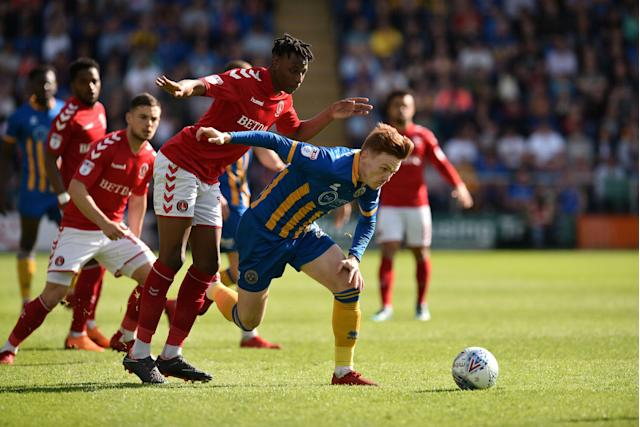 "Soccer Football - League One Play Off Semi Final Second Leg - Shrewsbury Town vs Charlton Athletic - Montgomery Waters Meadow, Shrewsbury, Britain - May 13, 2018 Shrewsbury TownÕs Jon Nolan in action with Charlton AthleticÕs Joe Aribo Action Images/Paul Burrows EDITORIAL USE ONLY. No use with unauthorized audio, video, data, fixture lists, club/league logos or ""live"" services. Online in-match use limited to 75 images, no video emulation. No use in betting, games or single club/league/player publications. Please contact your account representative for further details."