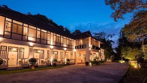 11 Staycations in Singapore Inspired by Popular Netflix Series