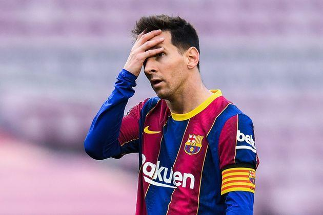 BARCELONA, SPAIN - MAY 16: Lionel Messi of FC Barcelona shows his dejection during the La Liga Santander match between FC Barcelona and RC Celta at Camp Nou on May 16, 2021 in Barcelona, Spain. Sporting stadiums around Spain remain under strict restrictions due to the Coronavirus Pandemic as Government social distancing laws prohibit fans inside venues resulting in games being played behind closed doors. (Photo by David Ramos/Getty Images) (Photo: David Ramos via Getty Images)