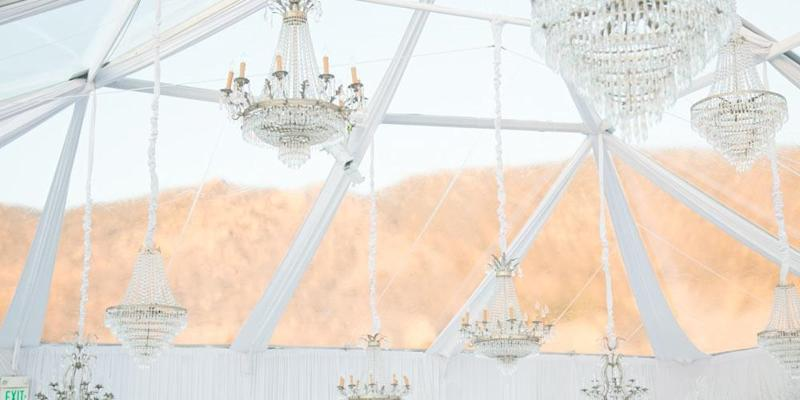Kaley Cuoco's 2013 wedding featured these elegant chandeliers. (Photo: Premiere Props)
