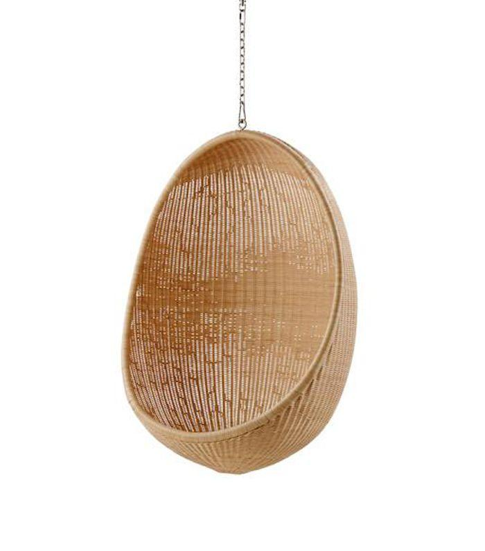 8 Hanging Chairs For Bedrooms That Will Transport You To The Beach