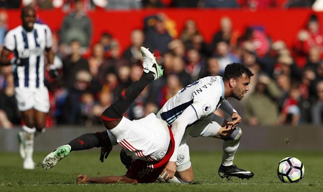 <p>West Bromwich Albion's Hal Robson-Kanu in action </p>