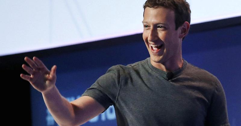 ISIS threatens Facebook and Twitter CEOs