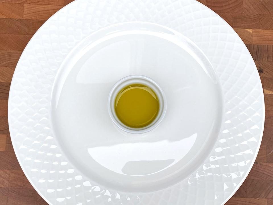 <p>1 2/3 tablespoons of olive oil</p>