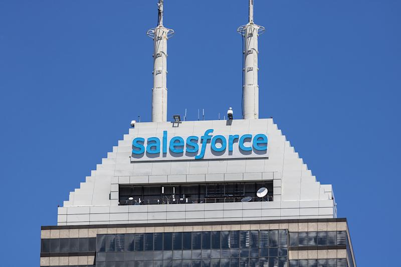 Top Research Reports for Berkshire Hathaway, AT&T & salesforce
