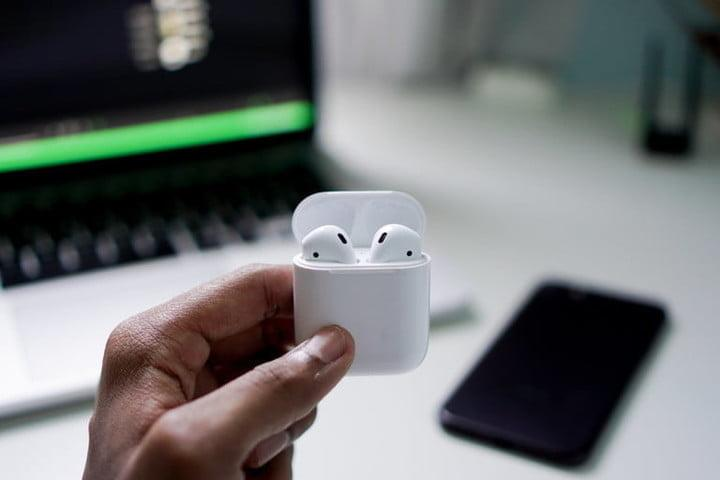 Back To School Airpods Deals 2020 Airpods And Airpods Pro