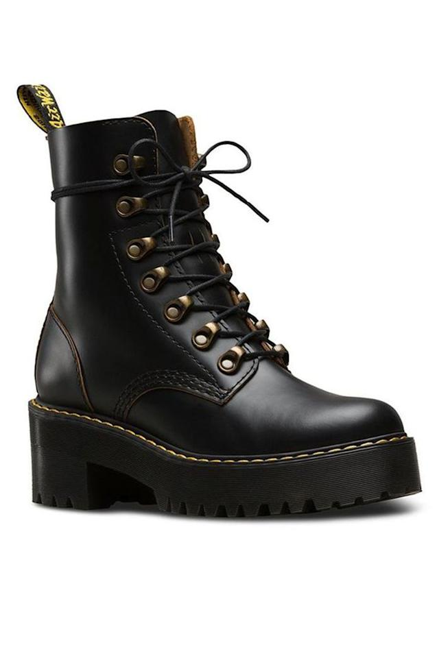 "<p><strong>Dr. Martens</strong></p><p>drmartens.com</p><p><strong>$170.00</strong></p><p><a href=""https://go.redirectingat.com?id=74968X1596630&url=https%3A%2F%2Fwww.drmartens.com%2Fus%2Fen%2Fp%2F22601001&sref=http%3A%2F%2Fwww.harpersbazaar.com%2Ffashion%2Ftrends%2Fg26275380%2Ffall-2019-shoe-trends%2F"" target=""_blank"">Shop Now</a></p><p>A classic gets a remix.</p>"
