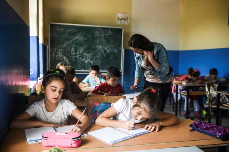 Officials at the school in Palaj say there are no problems because there are no national signs in the corridors, they don't deal in politics