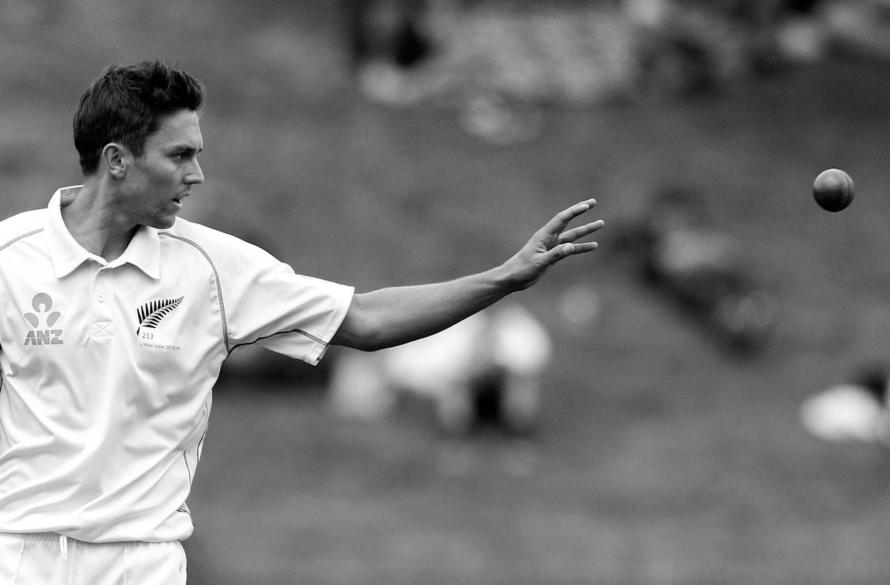 WELLINGTON, NEW ZEALAND - DECEMBER 13:  (EDITORS NOTE: Image has been converted to black and white.) Trent Boult of New Zealand prepares to bowl during day three of the Second Test match between New Zealand and the West Indies at Basin Reserve on December 13, 2013 in Wellington, New Zealand.  (Photo by Hagen Hopkins/Getty Images)